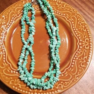 "Turquoise necklace size  21""."